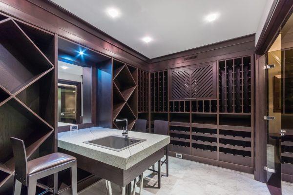 Wine Cellar / Garrafeira